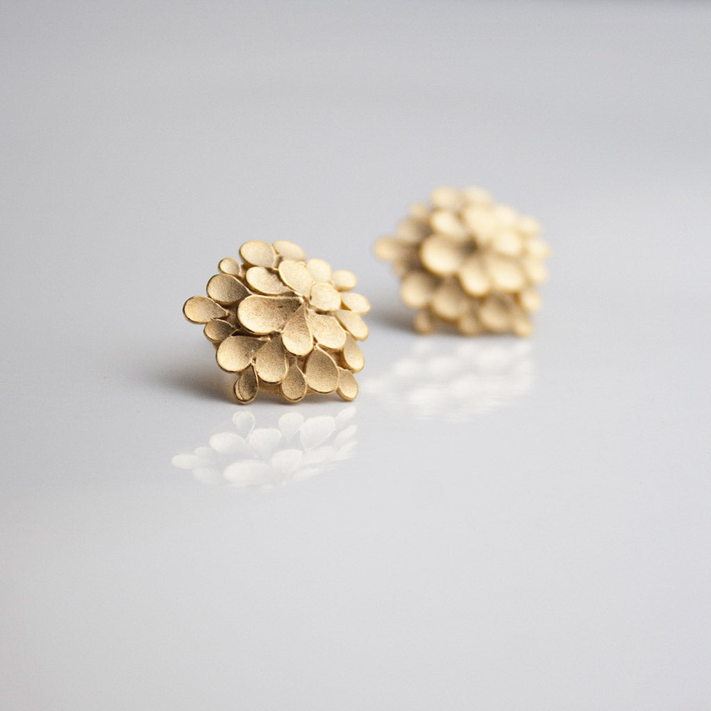 Dahlia asymmetrical Silver gold-plated Earrings