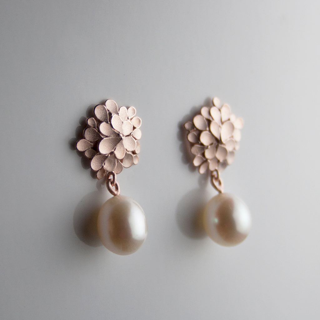 Dahlia asymmetrical Silver Rose gold-plated pearl drop Earrings