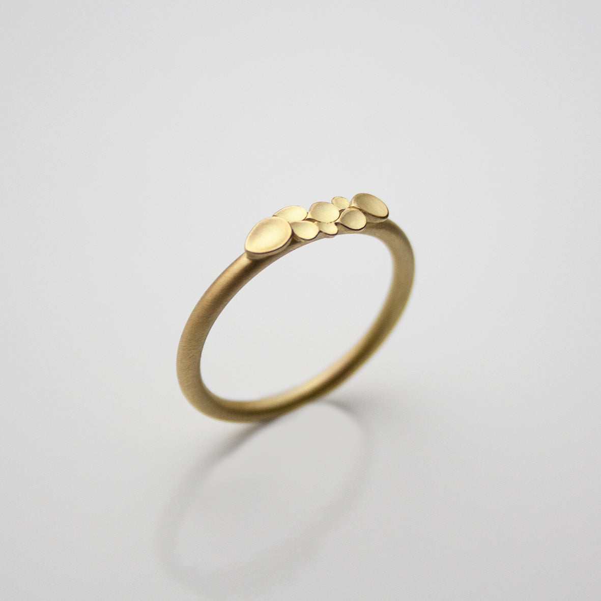 Dahlia 18ct. 2mm Gold Ring