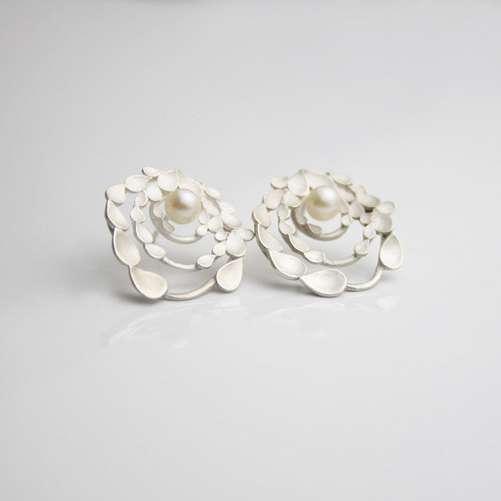 Floral Orbit Silver Earrings with pearls