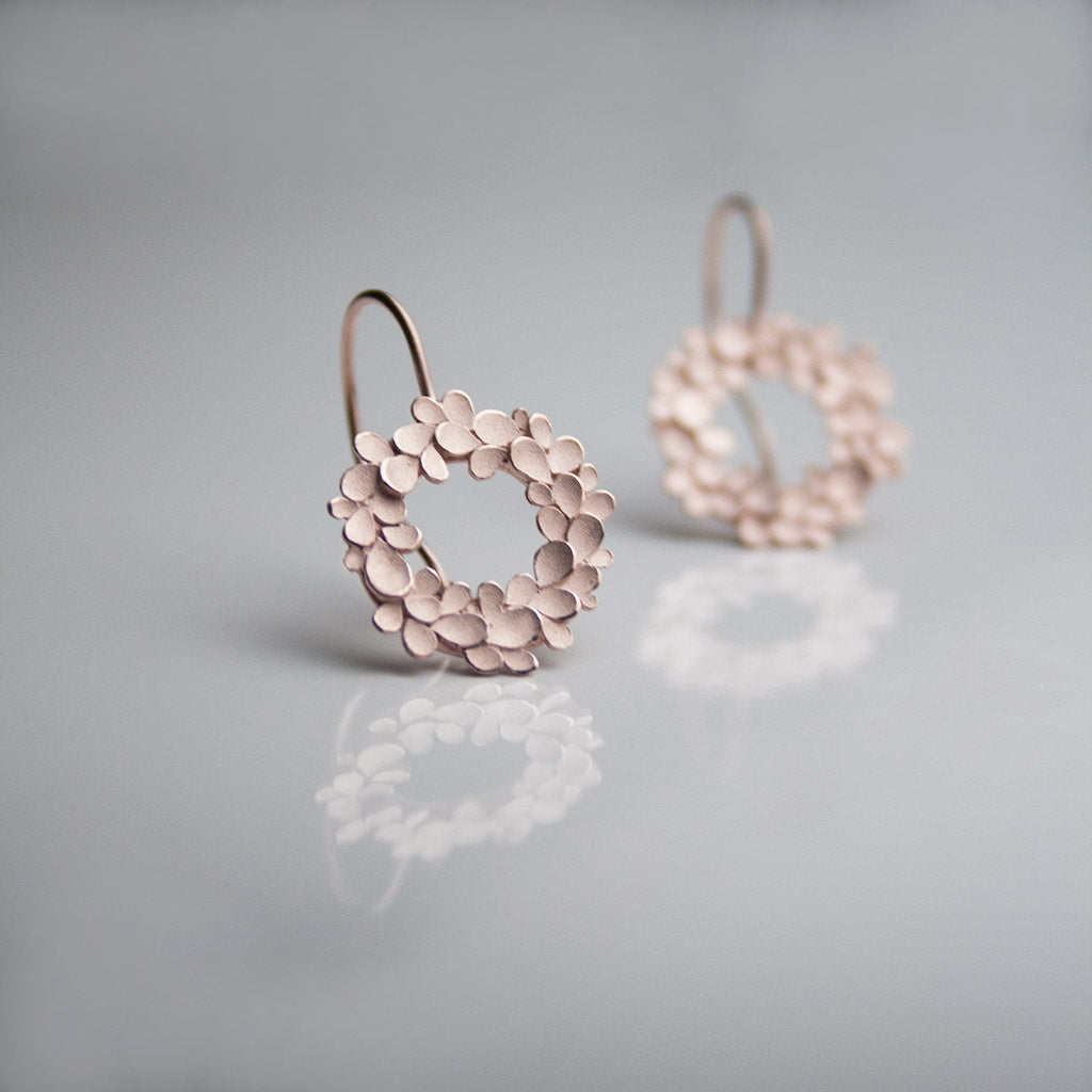 Floral wreath large Rosegold-plated drop Earrings