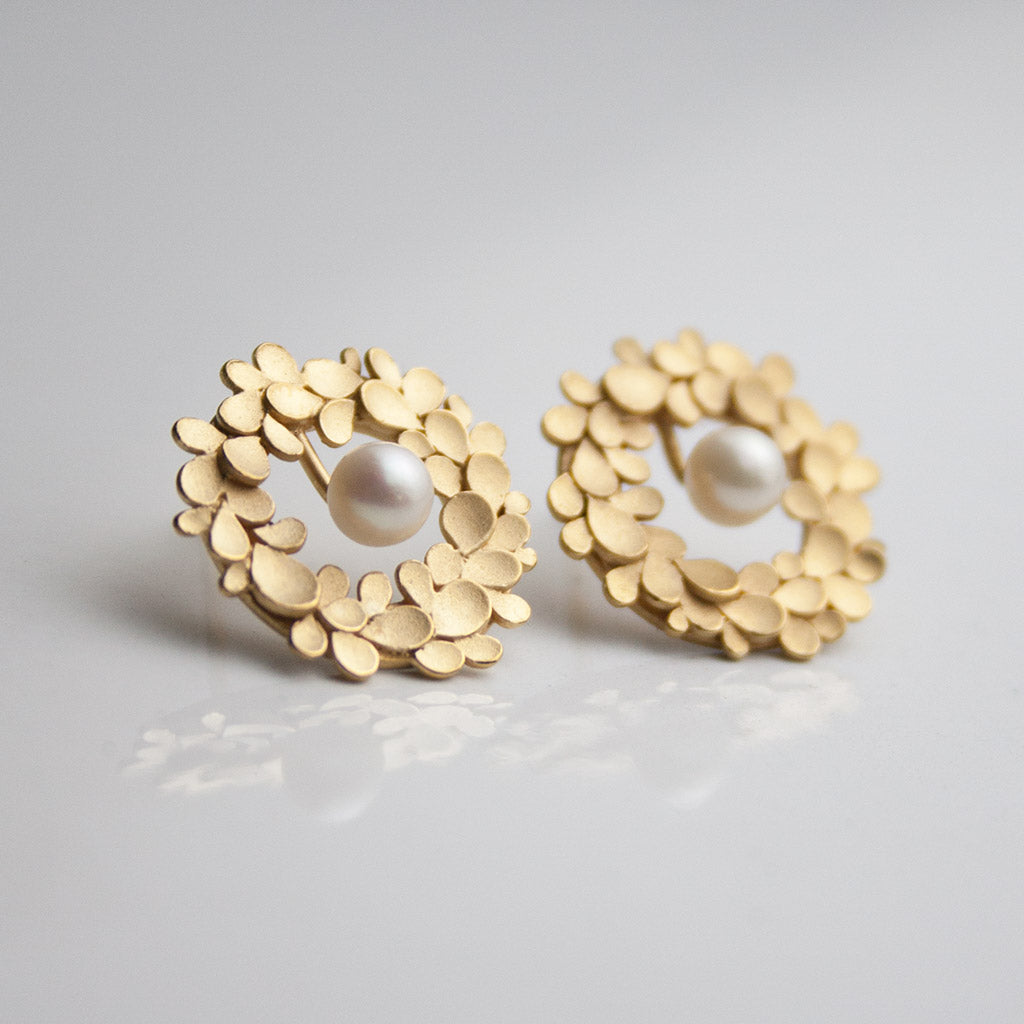 Floral wreath Silver gold-plated & pearl Earrings