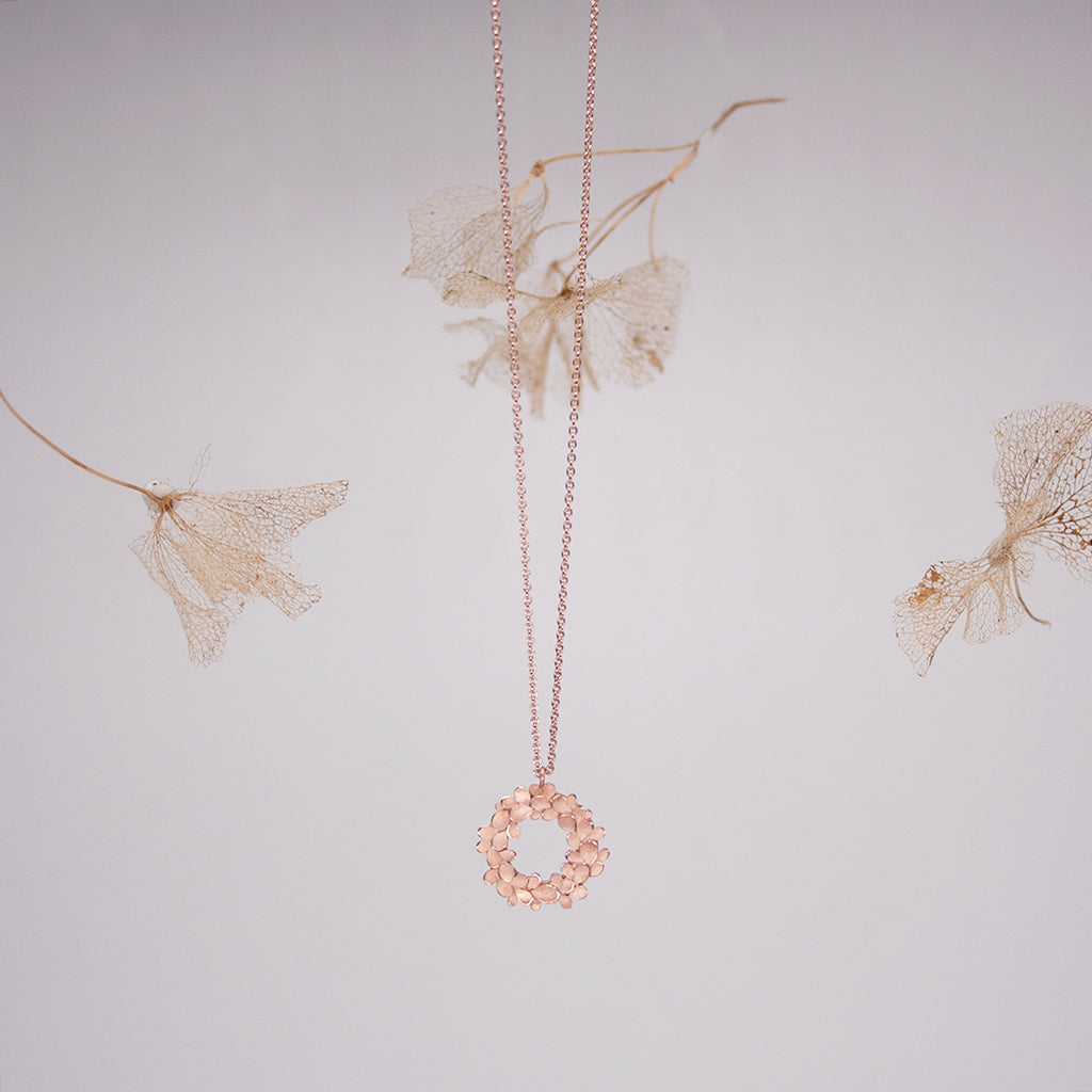 Floral wreath 18ct. Rose Gold Necklace