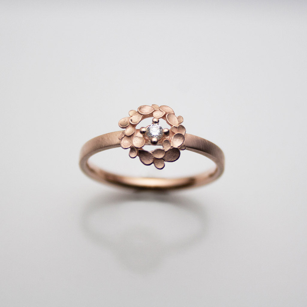 Floral wreath 9ct. Rose-gold and Diamond Ring