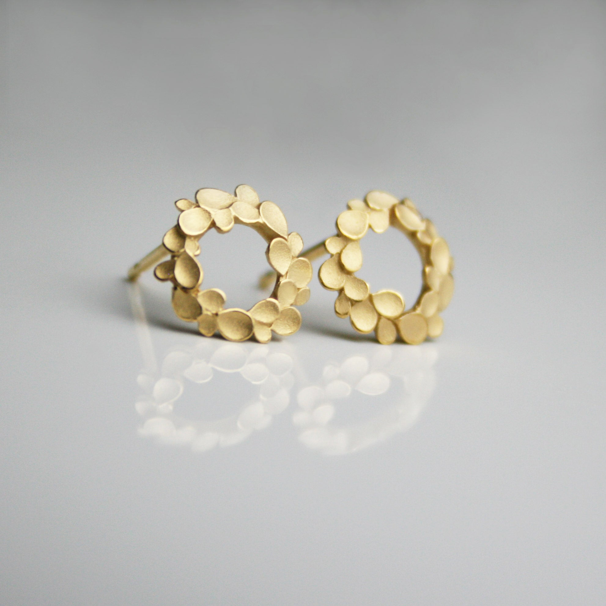 Floral wreath Silver gold-plated small Earstuds