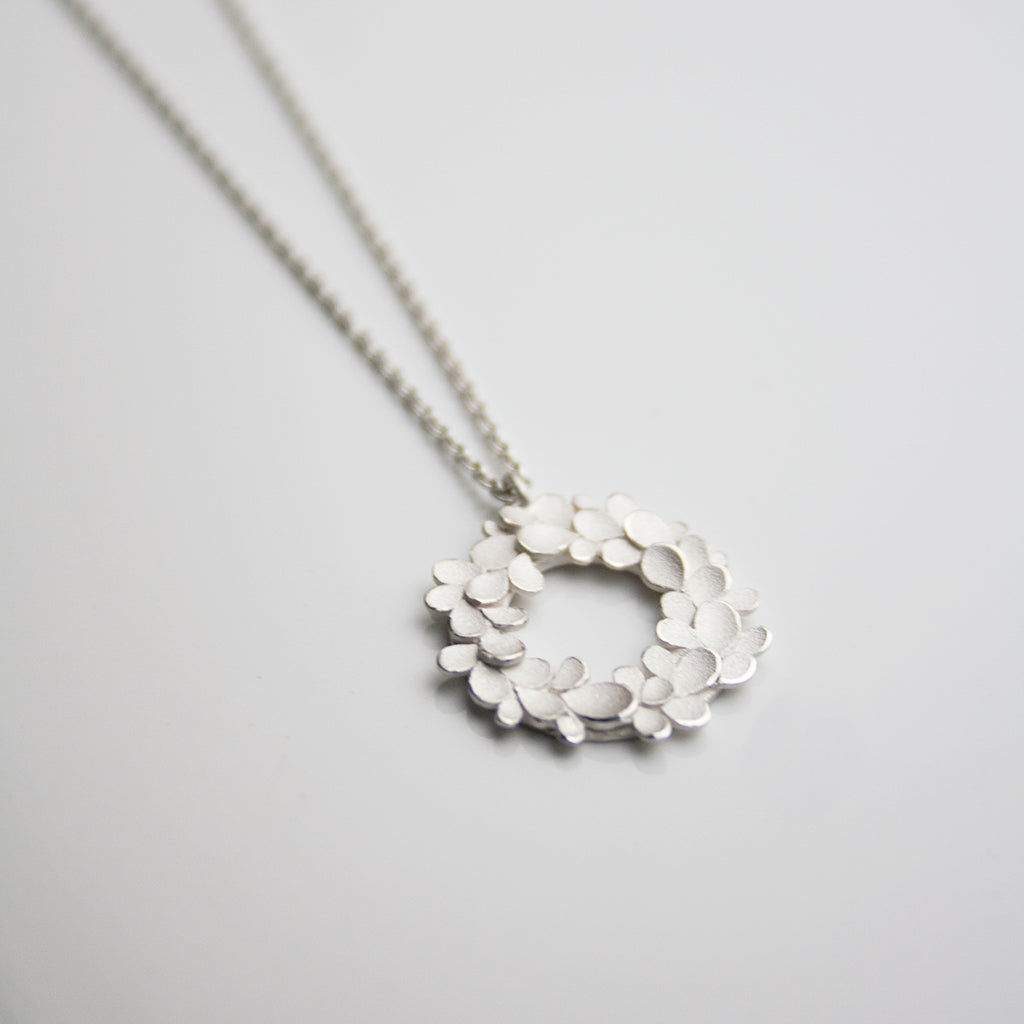 Floral wreath Silver Necklace