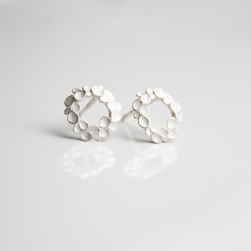 Floral wreath Silver small Earstuds