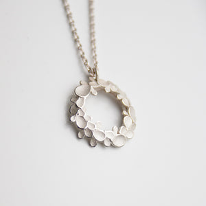 Floral wreath medium Silver Necklace