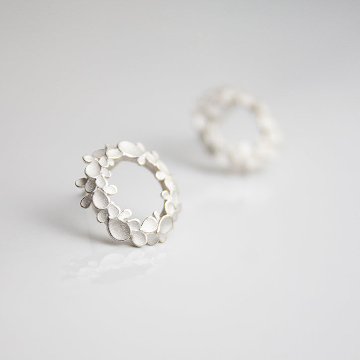 Floral wreath medium Silver Earrings