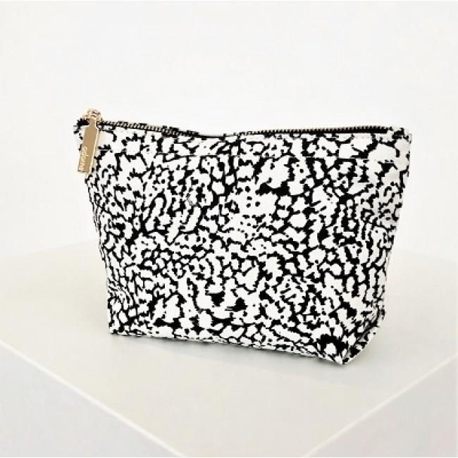 Pouch Clutch Monochrome