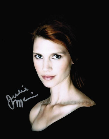 JULIE McNIVEN as Anna Milton - Supernatural