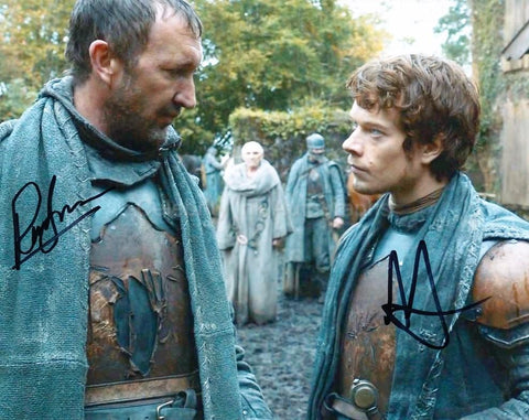 ALFIE ALLEN and RALPH INESON as Theon Greyjoy and Dagmer Cleftjaw - Game Of Thrones