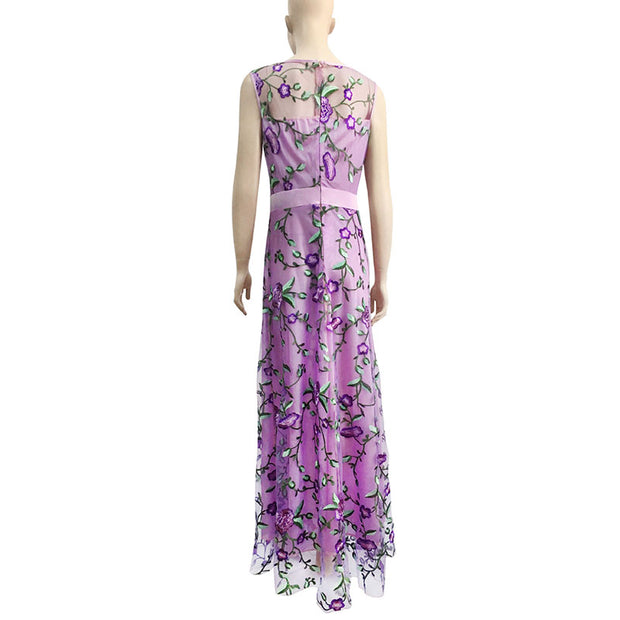 Fashion Sleeveless Embroidery Evening Dress