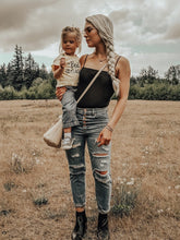 Load image into Gallery viewer, Chelsea Damon Full Presets MOBILE Pack (7 presets)