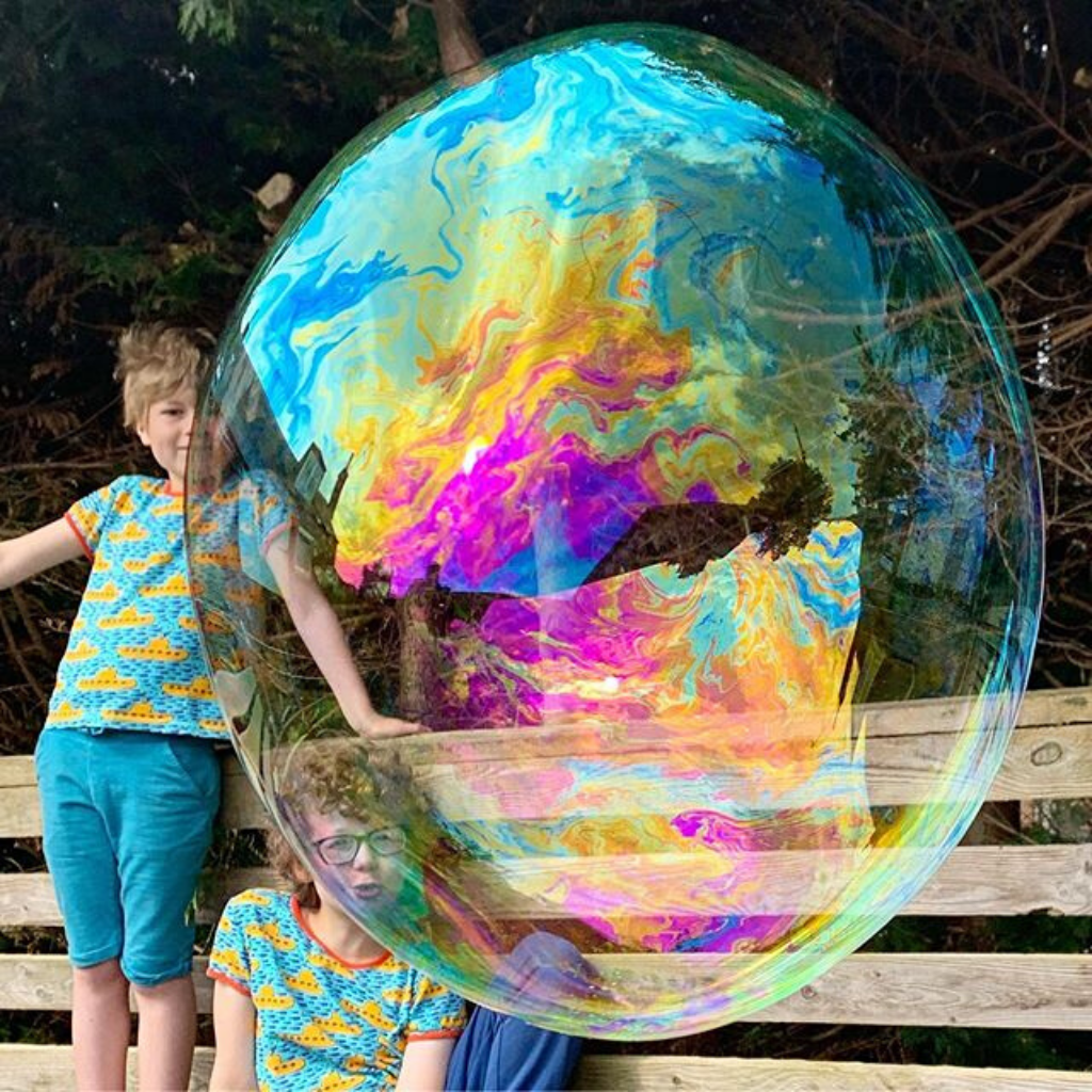 Creating the Most Incredible Giant Bubbles!