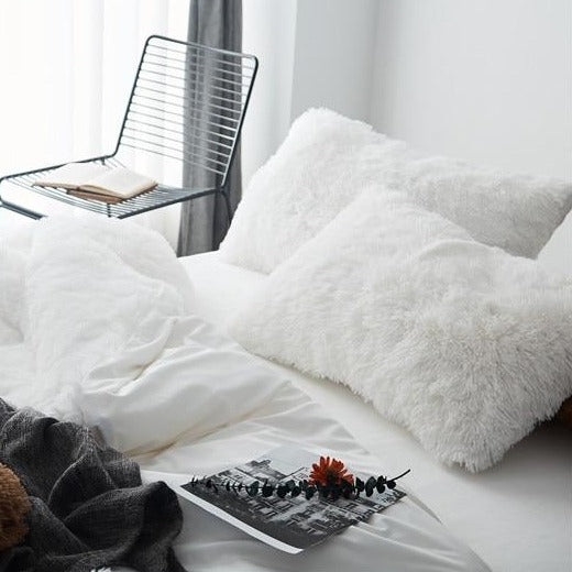 Luxury White Fleece Bedding Set