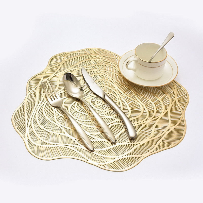 Elegant Golden Heat-Resistant Placemat