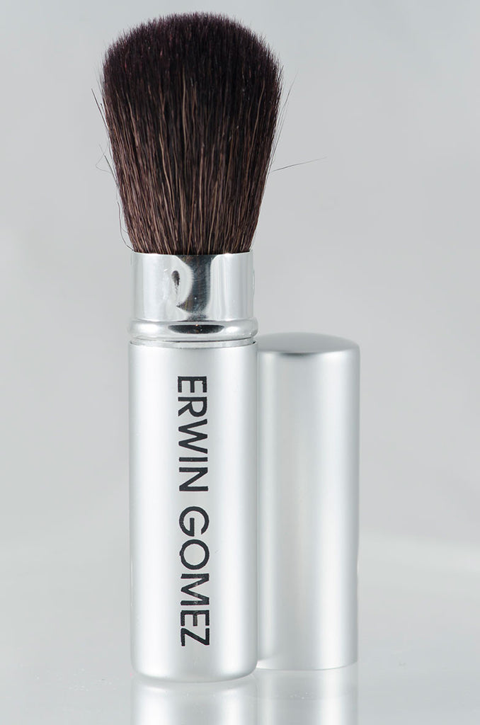 Erwin Gomez Retractable Mini Blush/Powder Brush