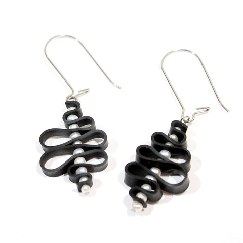 Squiggle Earrings with Mini Pearls
