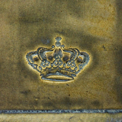 Medium Plate with Crown