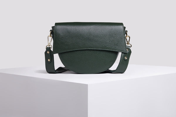 Sotti leather messenger bag in green