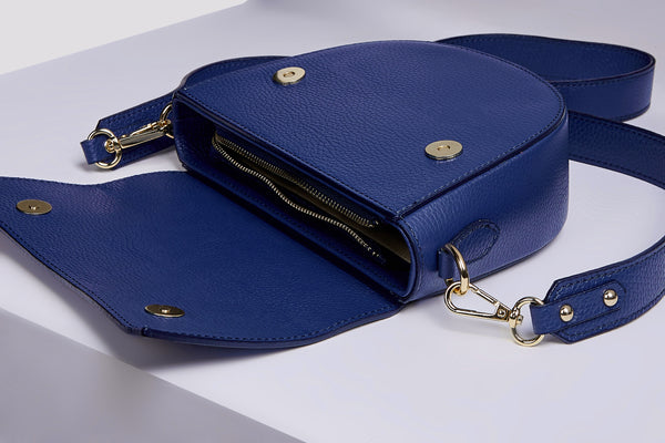 Sotti leather messenger bag in navy