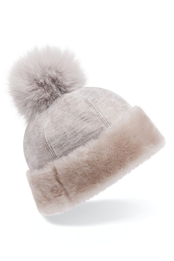 Shearling beanie hat in grey