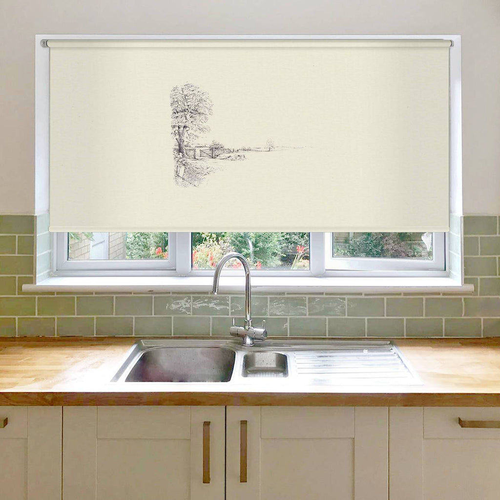Tree and Gate Roller Blind