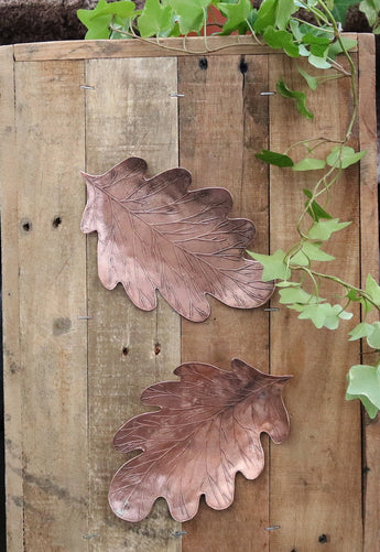oak leaf wall plaque