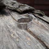 Hammered sterling silver toe ring. 5cm