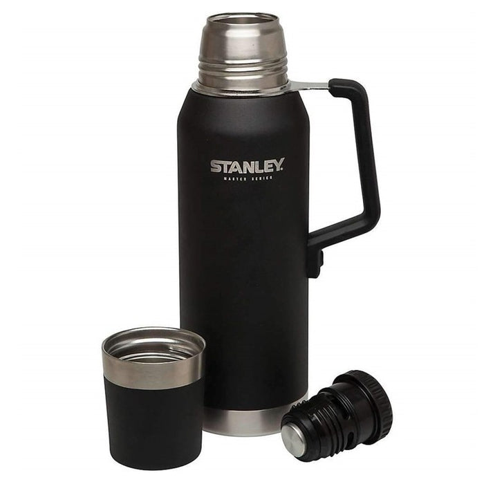 Stanley Master Vacuum Bottle 1.4 QT / 1.3L - Toughest of the Tough .