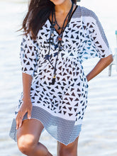 Load image into Gallery viewer, Black White Geo Print Sheer Tunic Kaftan Beach Cover-up -Size 10/12 to 22/24