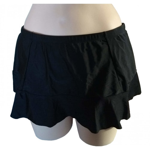Black Skater swim skirt with seaming details front