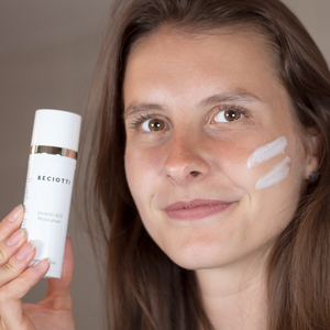 A beautiful lady using the rejuvenating Vitamin ACE moisturiser