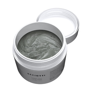 The texture of the anti-aging green tea face mask