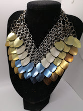 Load image into Gallery viewer, Titanium Four-Colour Scalemail Choker