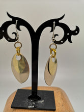 Load image into Gallery viewer, Premium Two-Scale Drop Earrings