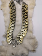 Load image into Gallery viewer, Laurel Dragonscale Necklace and Headpiece