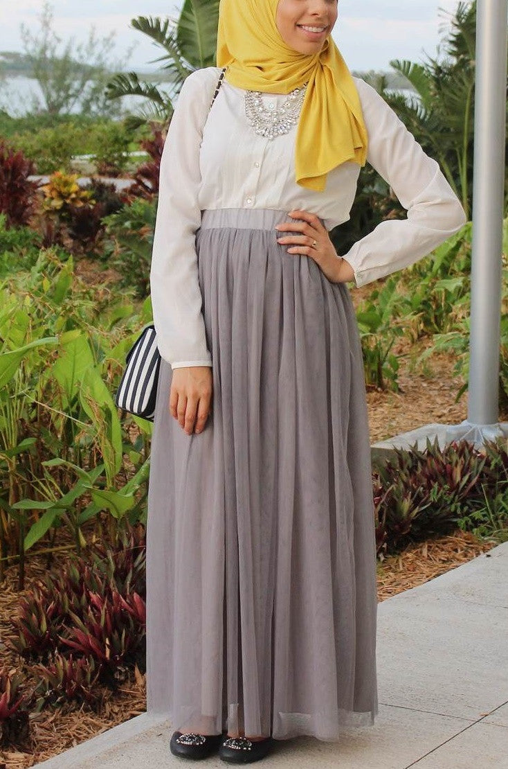 57358f2755 Gray Tulle Maxi Skirt - Delicate Hijabi
