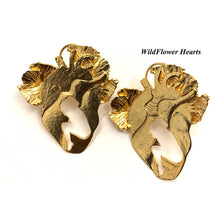Load image into Gallery viewer, Wild Flower Hearts Ear Rings