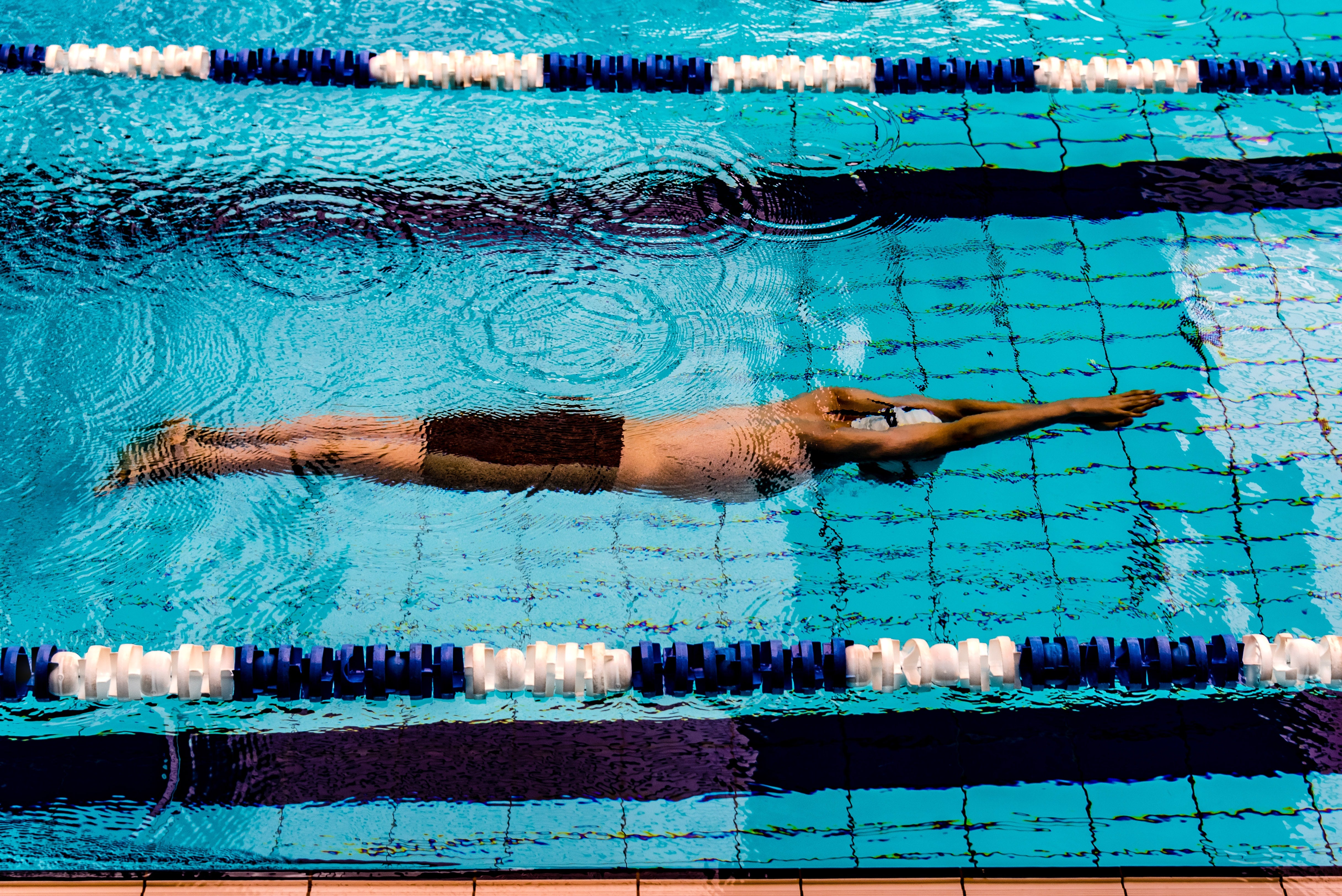 person-swimming-in-pool