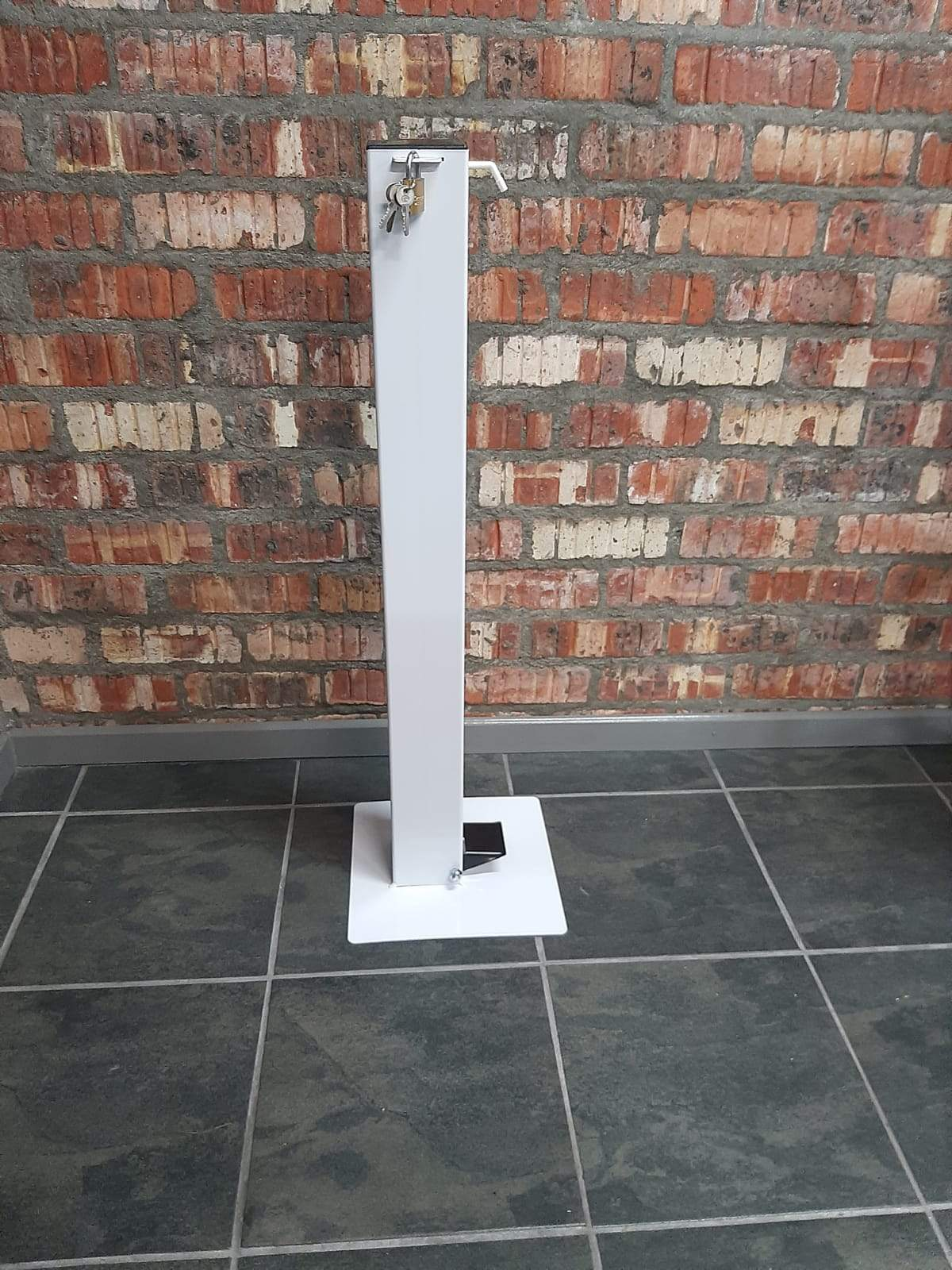 Industrial 100 mm Square Stand