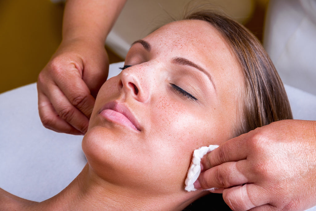 The DO'S and DON'TS of Peels, Laser & Microblading