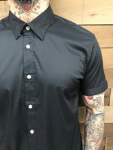 Load image into Gallery viewer, STITCH NOTE- BLACK SHORT SLEEVE