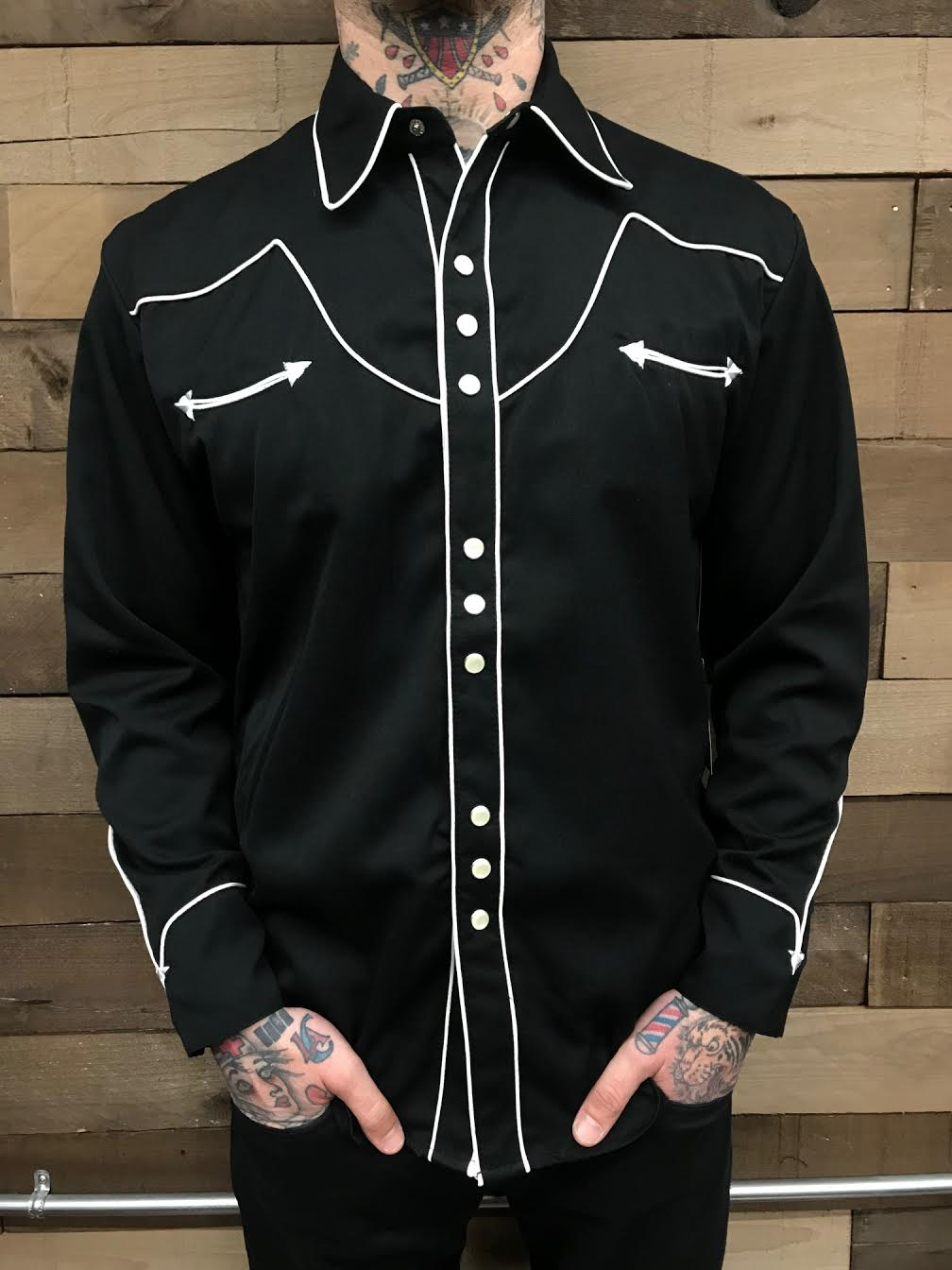 SCULLY- WESTERN BLACK WITH WHITE PIPING