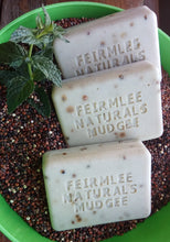 Load image into Gallery viewer, Feirmlee Naturals Spearmint & Quinoa Soap Scrub