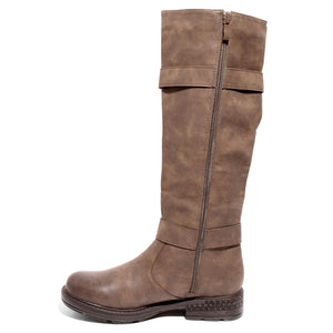 side view brown boots with adjustable calf, two buckles and side zipper
