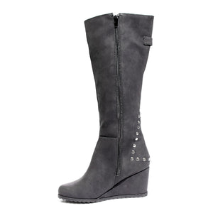 side view black calf boot with studs
