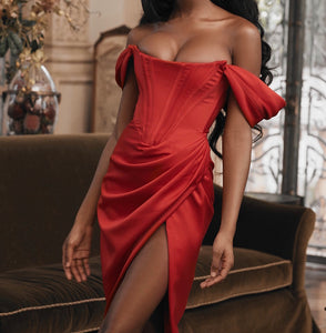 SIANI OFF SHOULDER HIGH SPLIT DRESS