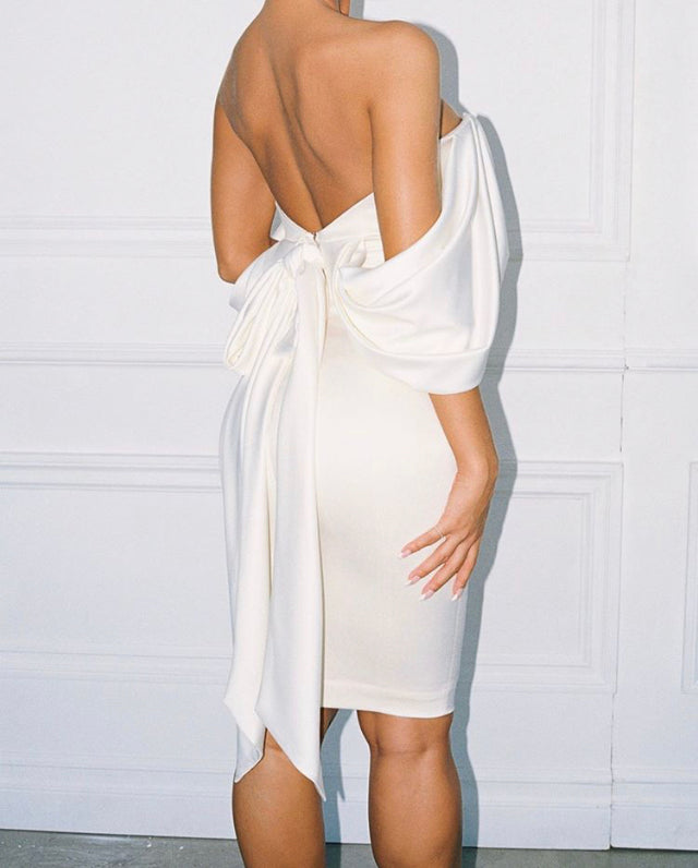 CARLITA OFF SHOULDER STRAPLESS FITTED DRESS